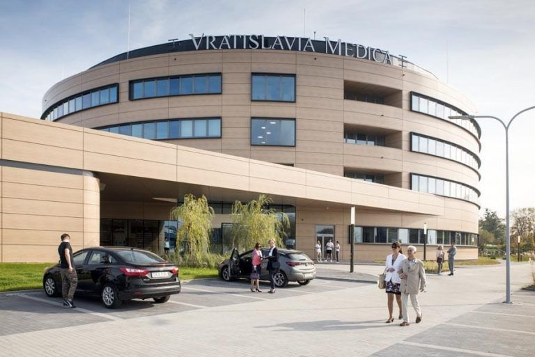 Vratislavia Medica: Spór wykonawcy z inwestorem przybiera na sile