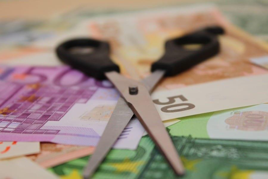 nozyczki pieniadze dlugi