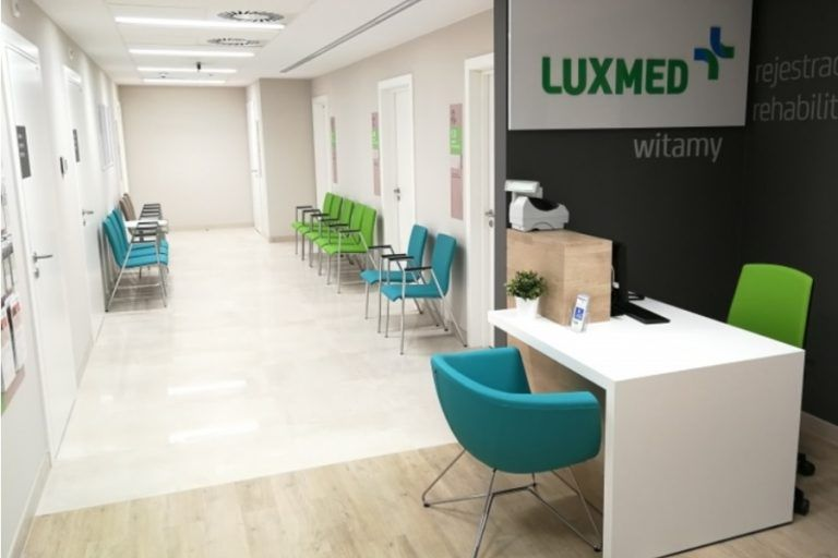 LUX MED: Free medical package after losing a job