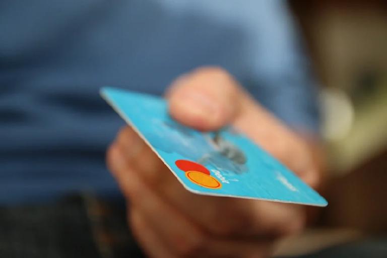 Prywatna opieka medyczna z kartą Mastercard?