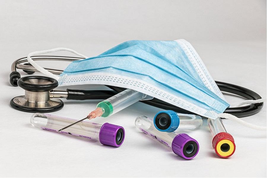 maseczka stetoskop strzykawka