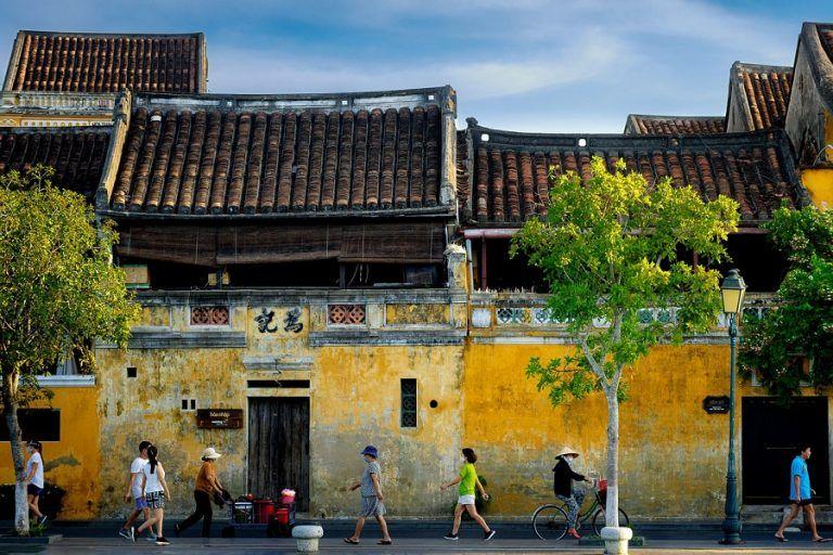 Adamed develops in Vietnam